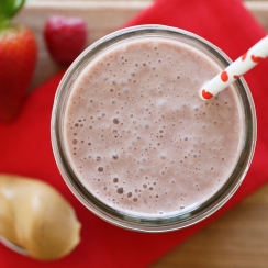 Summer-Grillers_Berry-Peanut-Butter-Smoothie-recipe